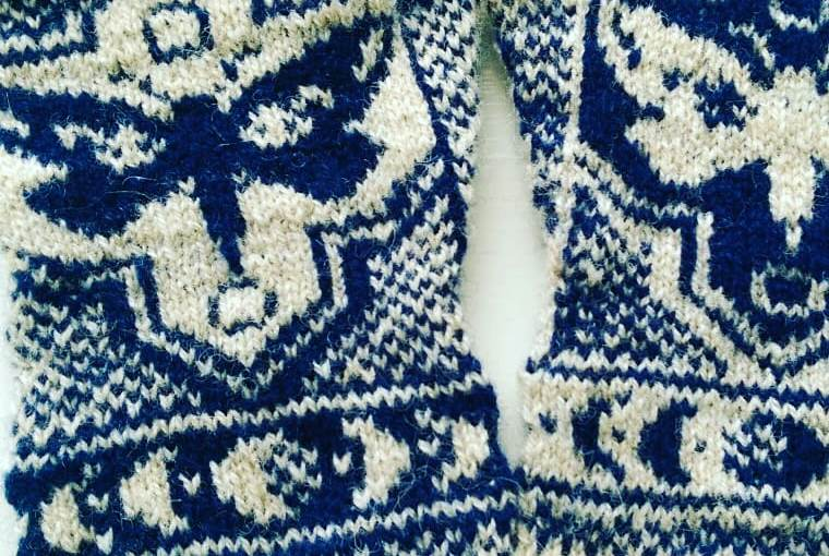 Day 3 – Underwing Mitts & Test Knitting